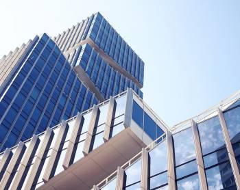 Stavebnictví aprovoz nemovitostí - poradenství prorodinné firmy
